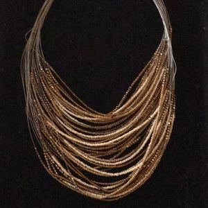 Jewelry - Beautiful Vintage Bead Necklace